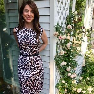 {AGB Dresses} Leopard print wiggle dress